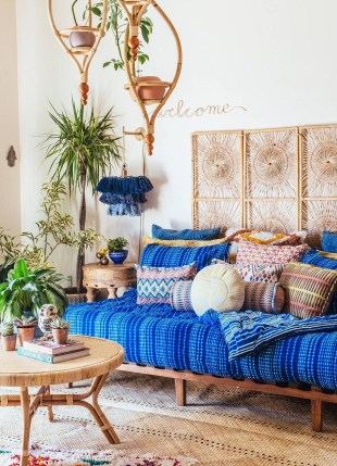 Cozy Bohemian Living Room Design Ideas 43