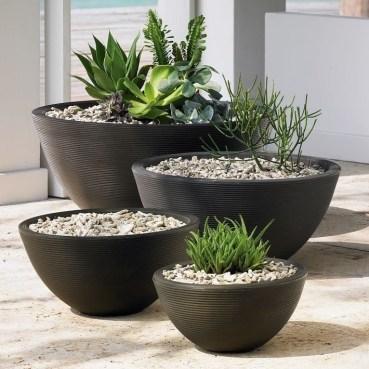 Cozy Decorative Garden Planters Design Ideas 26