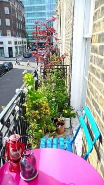 Creative Diy Small Apartment Balcony Garden Ideas 18