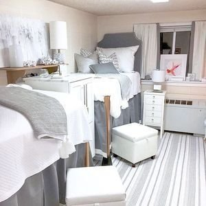 Efficient Dorm Room Organization Decor Ideas 04