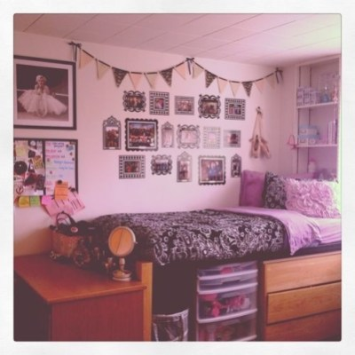 Efficient Dorm Room Organization Decor Ideas 25