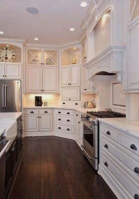 Elegant And Modern Kitchen Cabinet Design Ideas 24