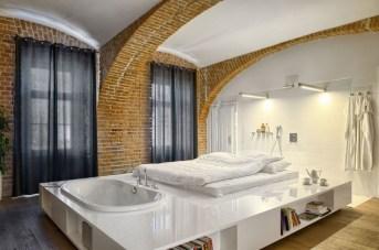 Elegant Exposed Brick Apartment Décor Ideas 04