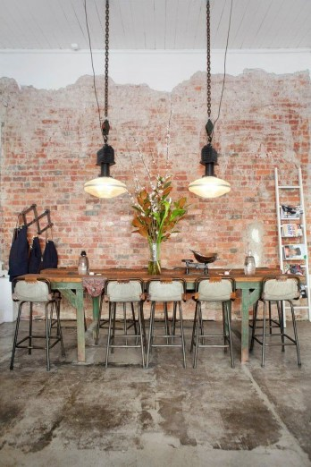 Elegant Exposed Brick Apartment Décor Ideas 48