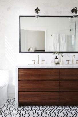 Gorgeous Bathroom Vanity Mirror Design Ideas 21