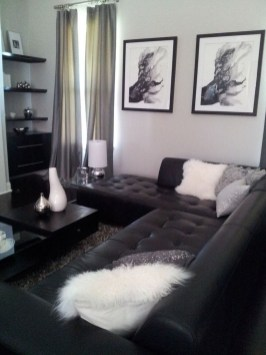 Relaxing Black And White Apartment Décor Ideas 22
