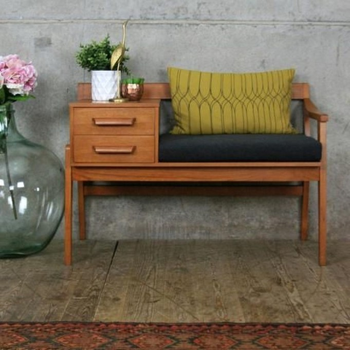 Stunning Mid Century Furniture Ideas To Makes Your Room Have Vintage Touch 24