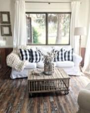 Totally Inspiring Modern Farmhouse Living Room Design Ideas 01
