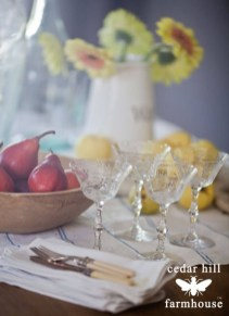 Awesome French Farmhouse Fall Table Design 11
