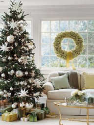 Best Ideas To Decorate Your Big Window 15