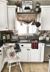 Comfy And Casual Farmhouse Home Design Ideas 06