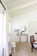 Comfy And Casual Farmhouse Home Design Ideas 07