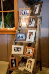 Comfy Rustic Living Room Decor Ideas 42