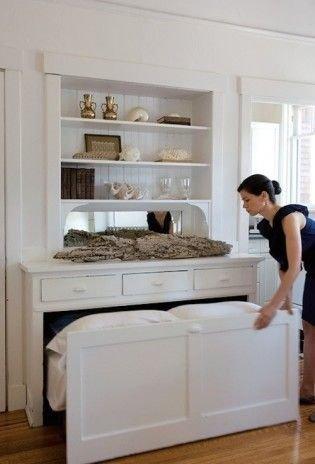 Cozy Small Apartment Bedroom Remodel Ideas 28