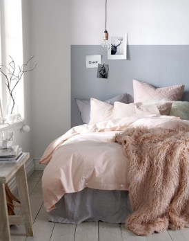 Easy Minimalist And Cozy Bedroom Decor Ideas 16