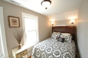 Lovely Small Master Bedroom Remodel Ideas 17