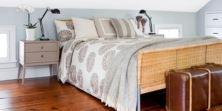 Lovely Small Master Bedroom Remodel Ideas 33