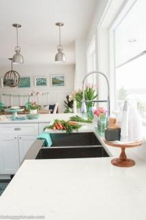 Magnificient Spring Kitchen Decor Ideas 04