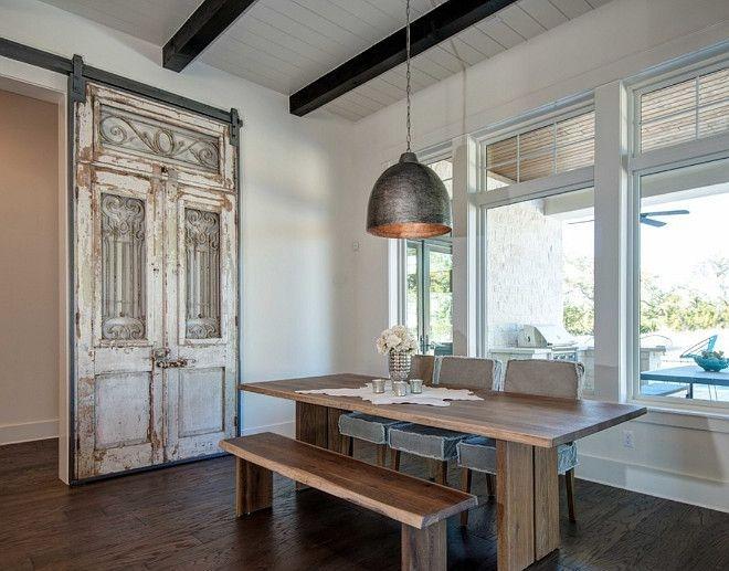 Unique Farmhouse Interior Design Ideas 32