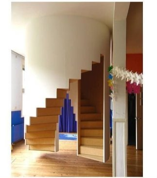 Unique Staircase Landings Featuring Creative Use Of Space 43