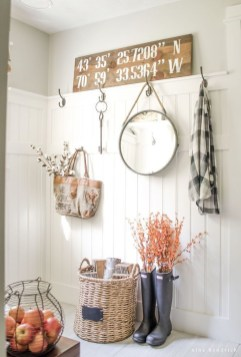 Amazing Diy Laundry Room Makeover With Farmhouse Style Ideas 34