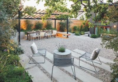 Attractive Sunken Ideas For Backyard Landscape 06