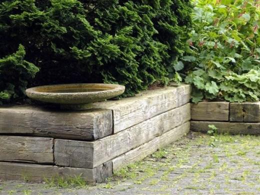 Attractive Sunken Ideas For Backyard Landscape 16