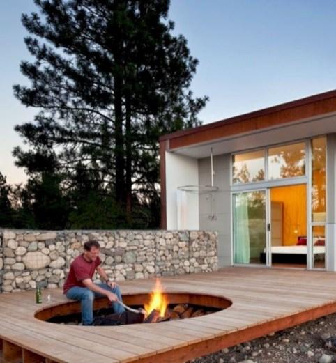 Attractive Sunken Ideas For Backyard Landscape 23