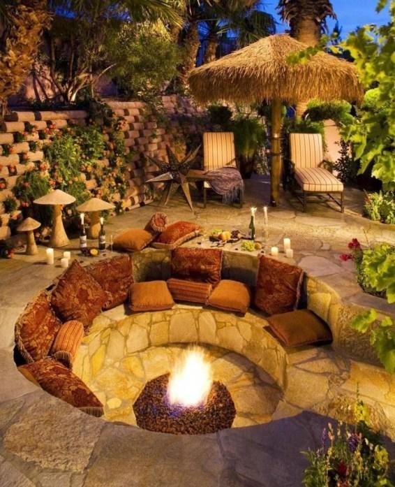 Attractive Sunken Ideas For Backyard Landscape 38