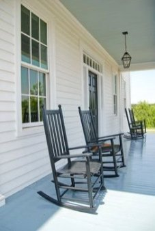 Best Ways To Create A Relaxing Porch Ideas For Big Family 13