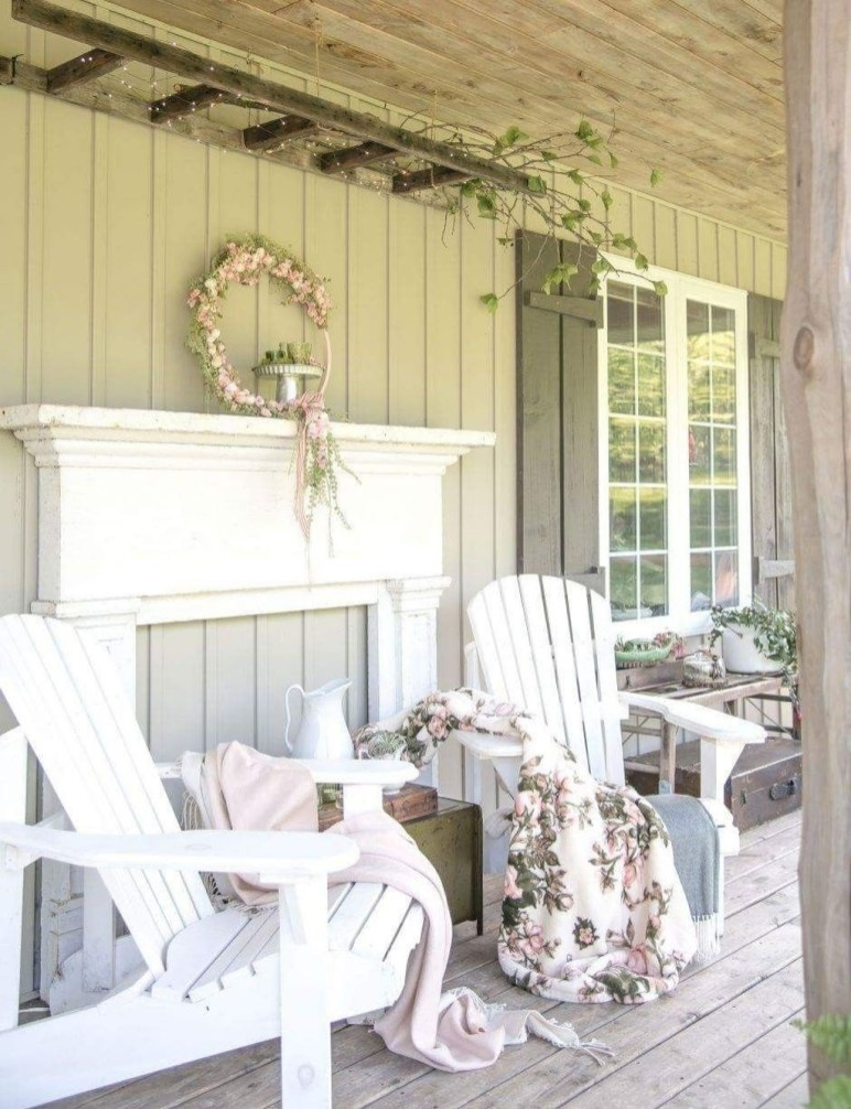 Best Ways To Create A Relaxing Porch Ideas For Big Family 23