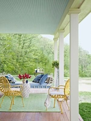 Best Ways To Create A Relaxing Porch Ideas For Big Family 43