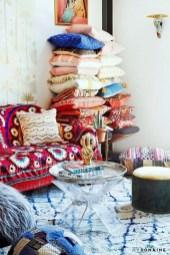 Comfy Boho Bedroom Decor With Attractive Color Ideas 14
