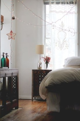 Comfy Boho Bedroom Decor With Attractive Color Ideas 45