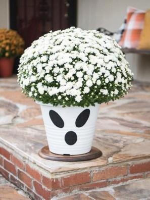 Elegant Diy Halloween Ideas For Outdoor Decoration 28