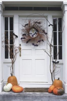 Elegant Diy Halloween Ideas For Outdoor Decoration 30