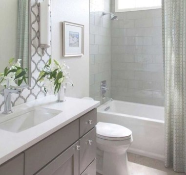 Gorgoeus Diy Remodeling Bathroom Projects On A Budget Ideas 10