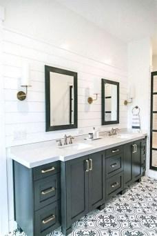 Lovely Modern Farmhouse Design For Bathroom Remodel Ideas 11