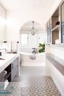 Lovely Modern Farmhouse Design For Bathroom Remodel Ideas 19