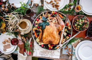 Lovely Turkey Decor For Your Thanksgiving Table Ideas 33