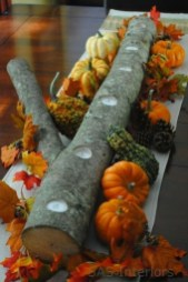 Lovely Turkey Decor For Your Thanksgiving Table Ideas 35