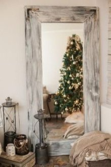Minimalist Bathroom Winter Decoration Ideas 31