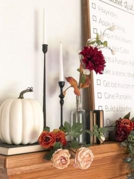 Stylish Fall Home Decor Ideas With Farmhouse Style 07
