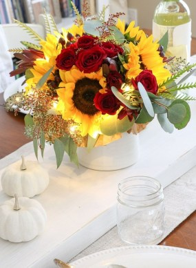 Stylish Thanksgiving Table Ideas 07