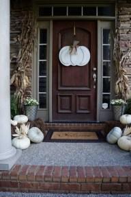 Unique Fall Front Door Decor Ideas 02