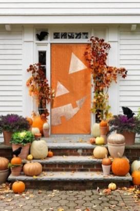 Unique Fall Front Door Decor Ideas 15
