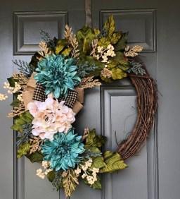 Unique Fall Front Door Decor Ideas 20