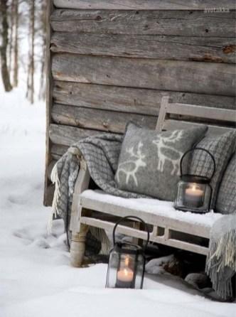 Unique Winter Decoration Ideas Home 26