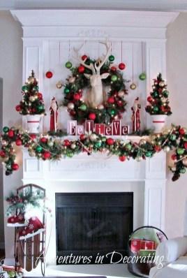 Creative Rustic Christmas Fireplace Mantel Décor Ideas 27