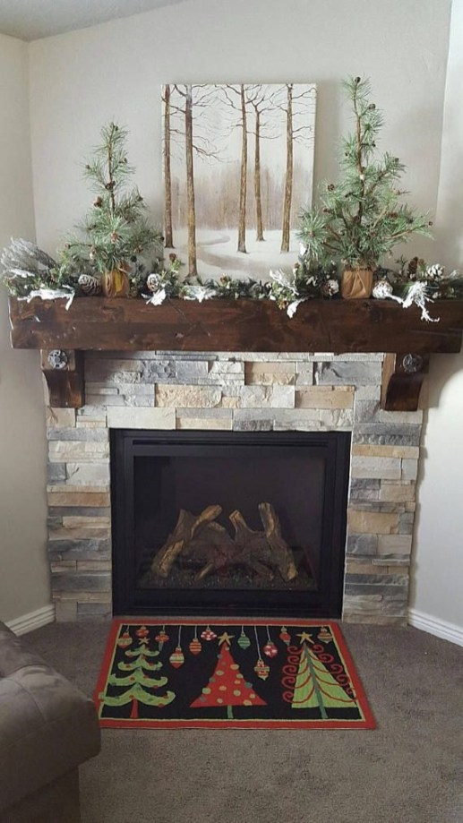 Creative Rustic Christmas Fireplace Mantel Décor Ideas 43